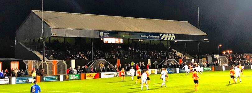 Carrick Rangers FC – Crusaders FC